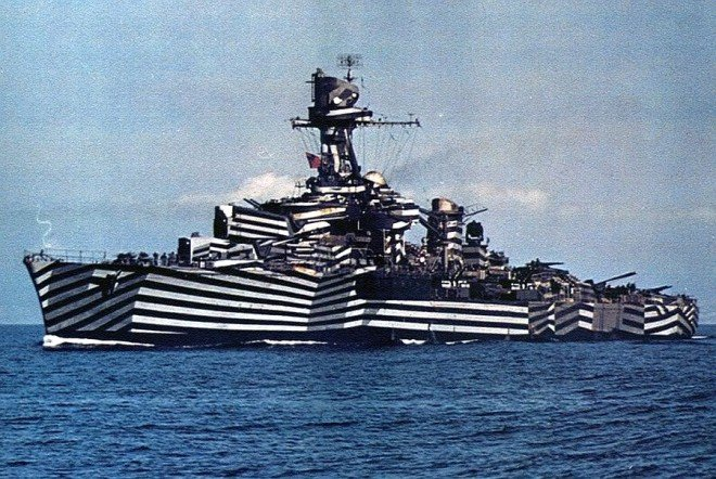 Camouflaged Ships: An Illustrated History