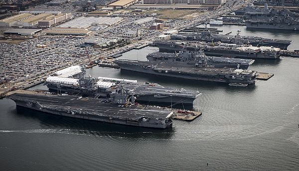 The aircraft carriers USS Dwight D. Eisenhower (CVN 69), USS George H.W. Bush (CVN 77), USS Enterprise (CVN 65), USS Harry S. Truman (CVN 75), and USS Abraham Lincoln (CVN 72) are in port at Naval Station Norfolk, Va. US Navy Photo