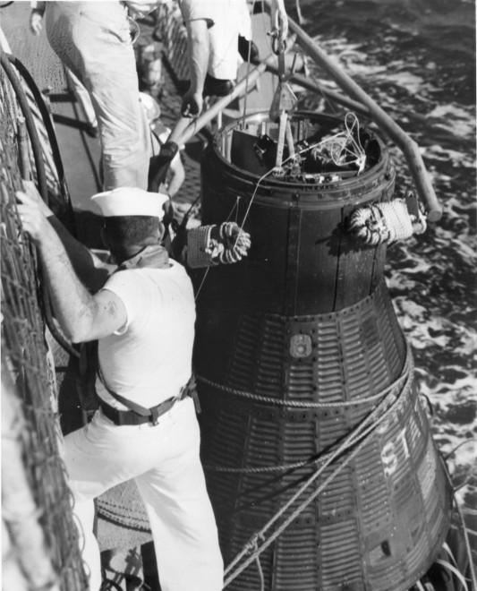 Navy and NASA: From Mercury to Apollo
