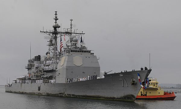USS Cape St. George (CG-71) approaches Naval Base San Diego. US Navy Photo
