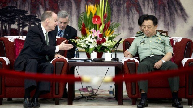 US National Security Adviser Tom Donilon with General Fan Changlong, vice chairman of China's Central Military Commission in Beijing, on May, 28 2013. Voice of America Photo