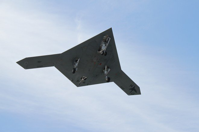 NAVAIR: Aerial Refueling Test of X-47B Could Occur By End of the Month