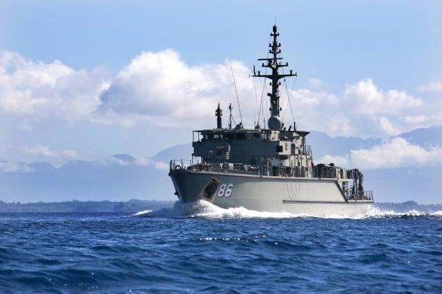 HMAS Diamantina sails into Rabaul Harbour in Papua New Guinea in 2011. Royal Australian Navy Photo