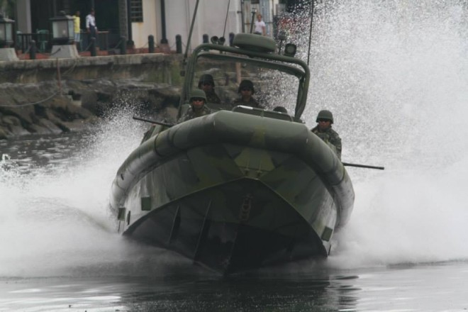 U.S. Gives Philippine Marines Six Riverine Boats for Counter Terrorism Missions
