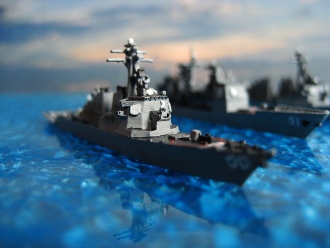 A miniature of an Arleigh Burke destroyer (DDG-51) used for the Harpoon board game.