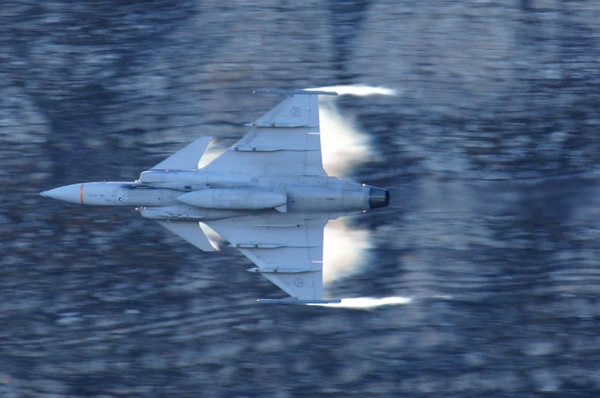 Saab Beats Boeing in Brazilian Fighter Deal