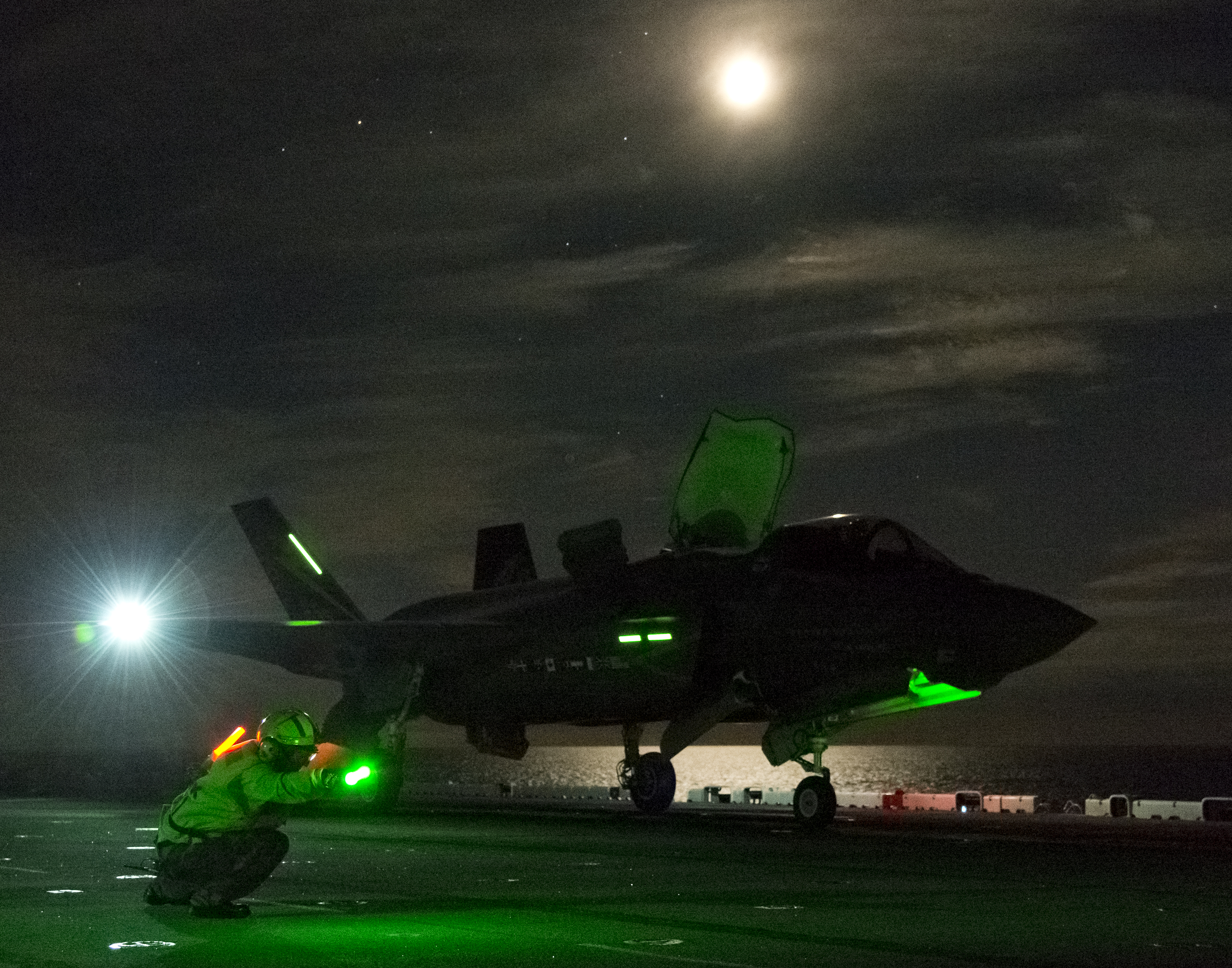 Night Short Takeoff on USS Wasp on Aug. 14, 2013. US Navy photo.