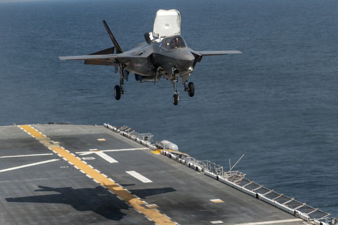 SNA 2014: Heat From F-35, MV-22 Continue to Plague Big Deck Amphibs