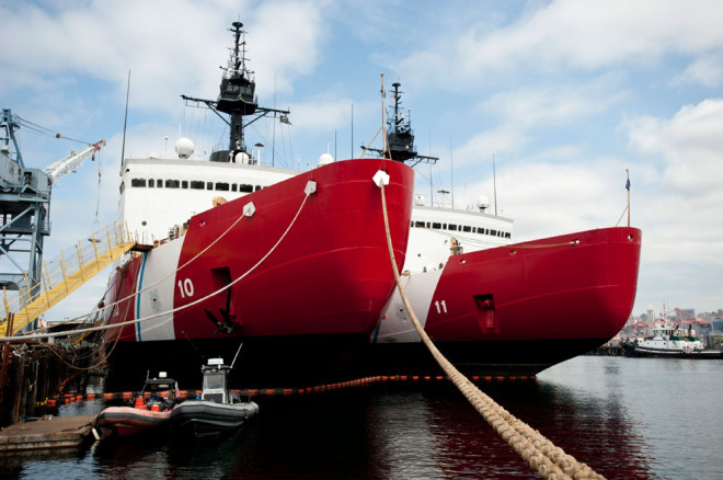 Coast Guard Chief Papp: Service 'Shouldn't Bear Full Brunt' of New Icebreaker Cost