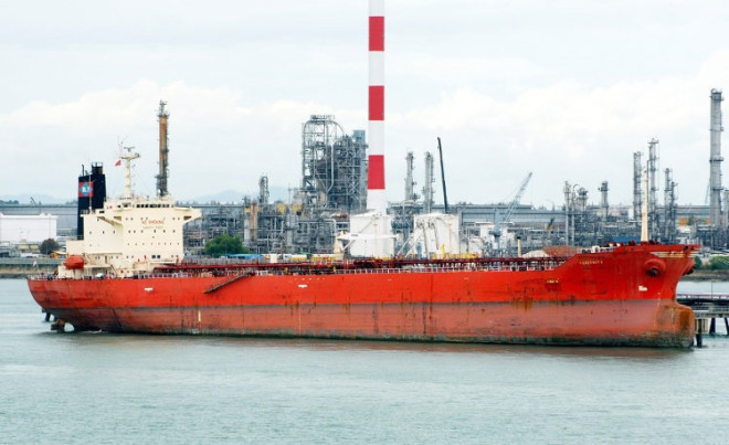 SEALs Take Control of Hijacked Tanker