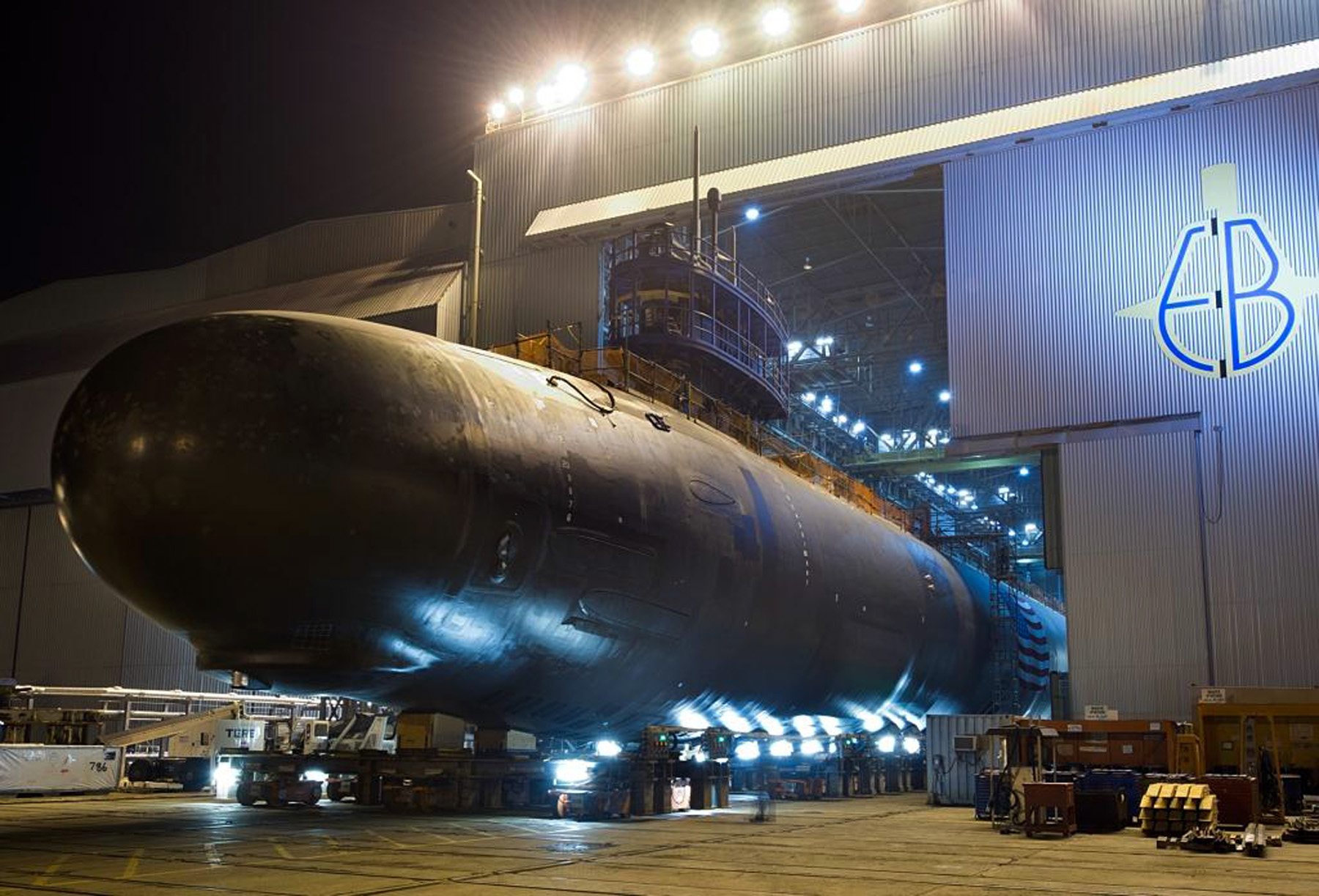 North Dakota (SSN 784) is rolled out of an indoor shipyard facility at General Dynamics Electric Boat in Groton, Conn. US Navy Photo