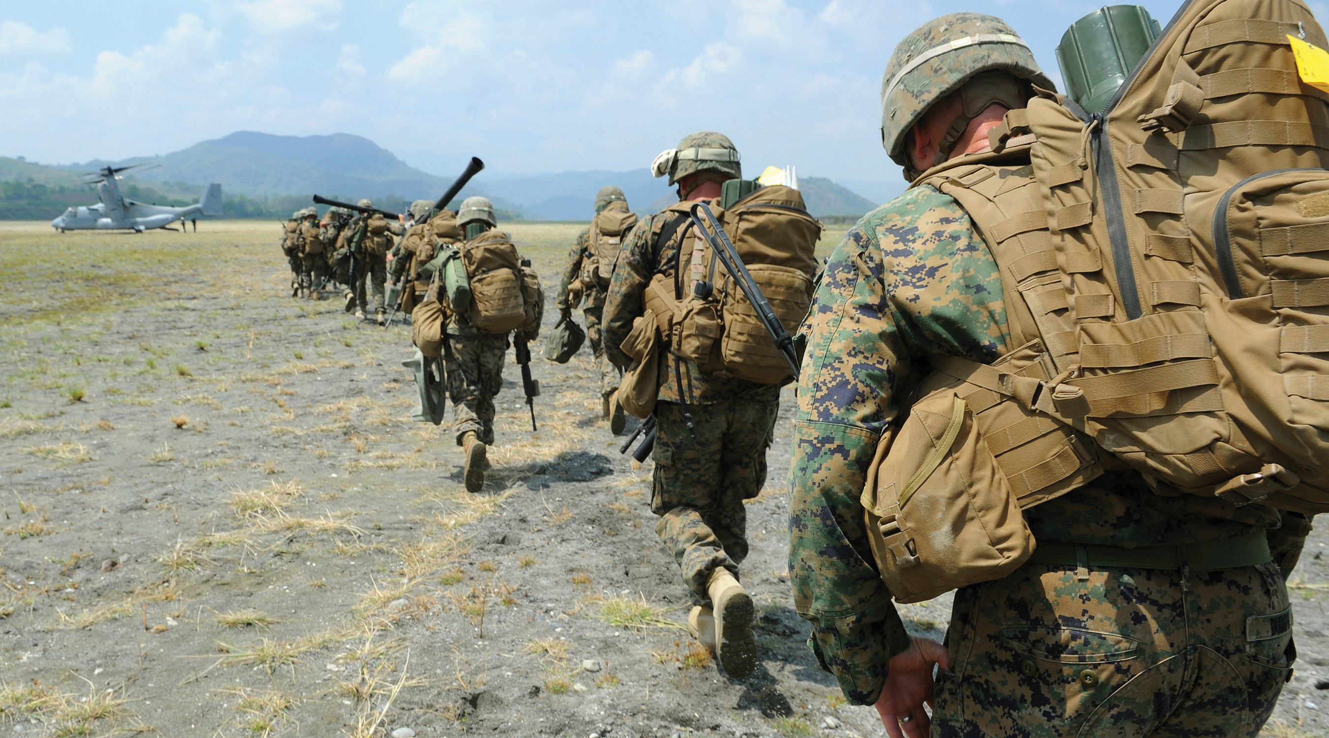 Philippine and U.S. Marines participating as part of Exercise Balikatan 2013. US Marine Corps Photo