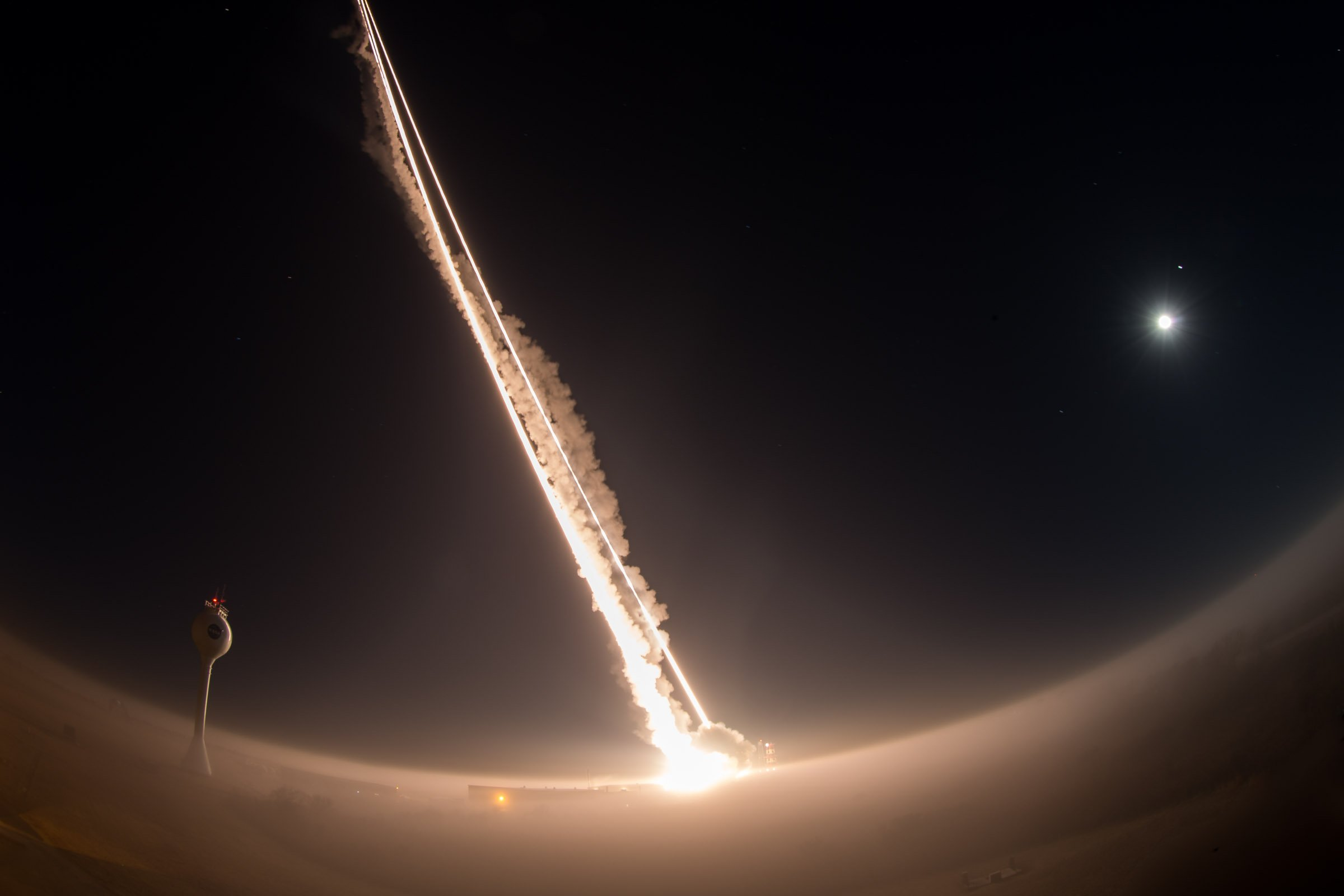 Three ARAV-A targets are launched from NASA's Wallops Flight Facility as part of a ballistic missile defense test. US Navy Photo