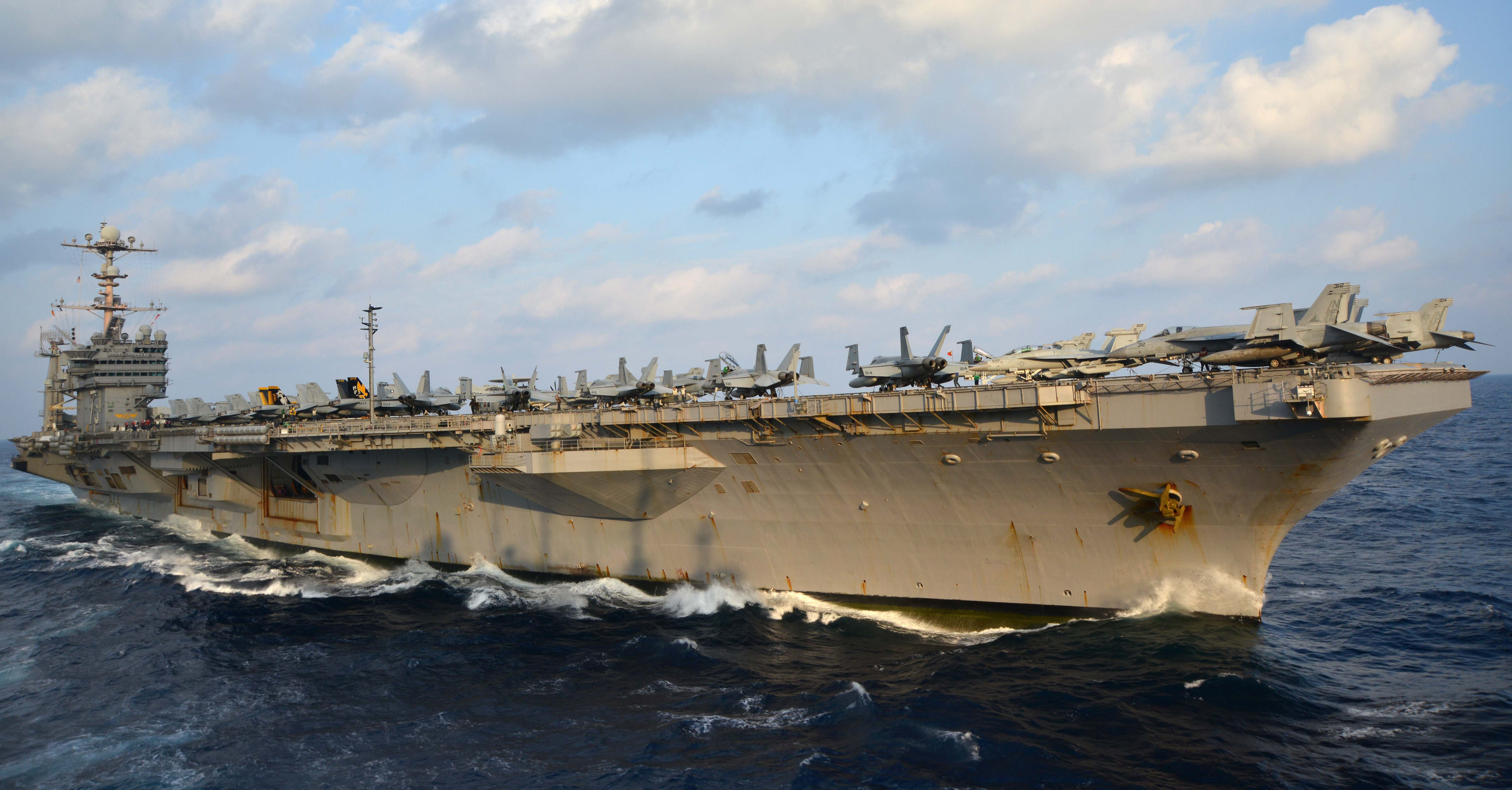 USS George Washington (CVN-73) on Nov. 24, 2013.