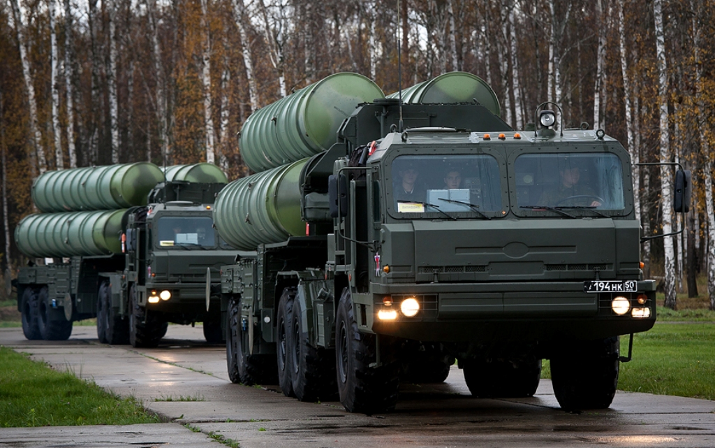 Russian S-400 SAM system.