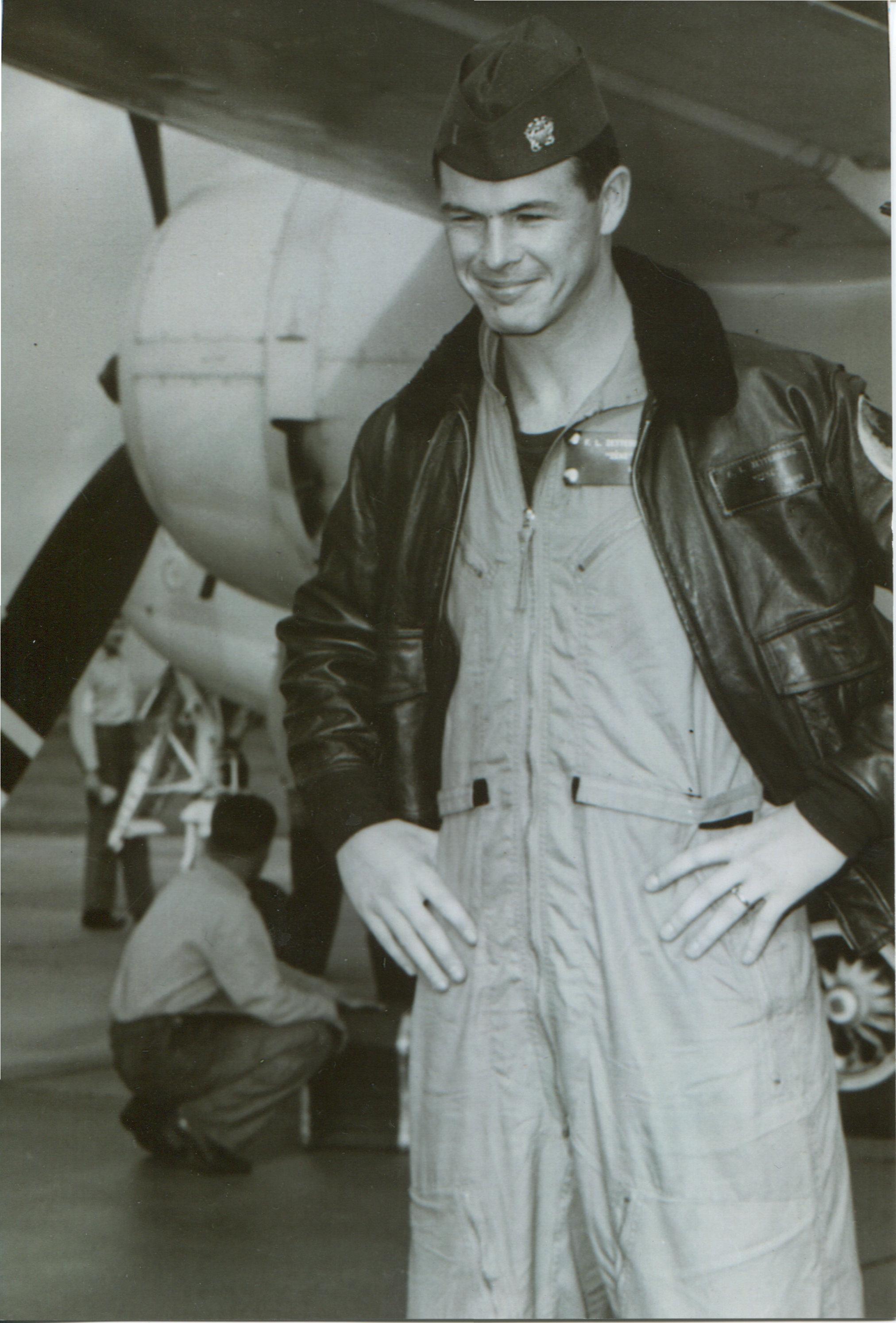 "Lt. j.g. Forrest ""Zeke"" Zetterberg disembarking from E-1B Vietnam mission. Forrest Zetterberg Photo"