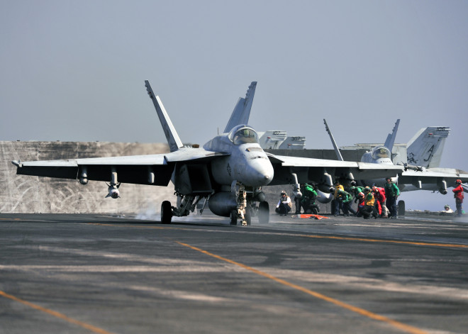 U.S. Fighters Strike ISIS Near Mosul Dam