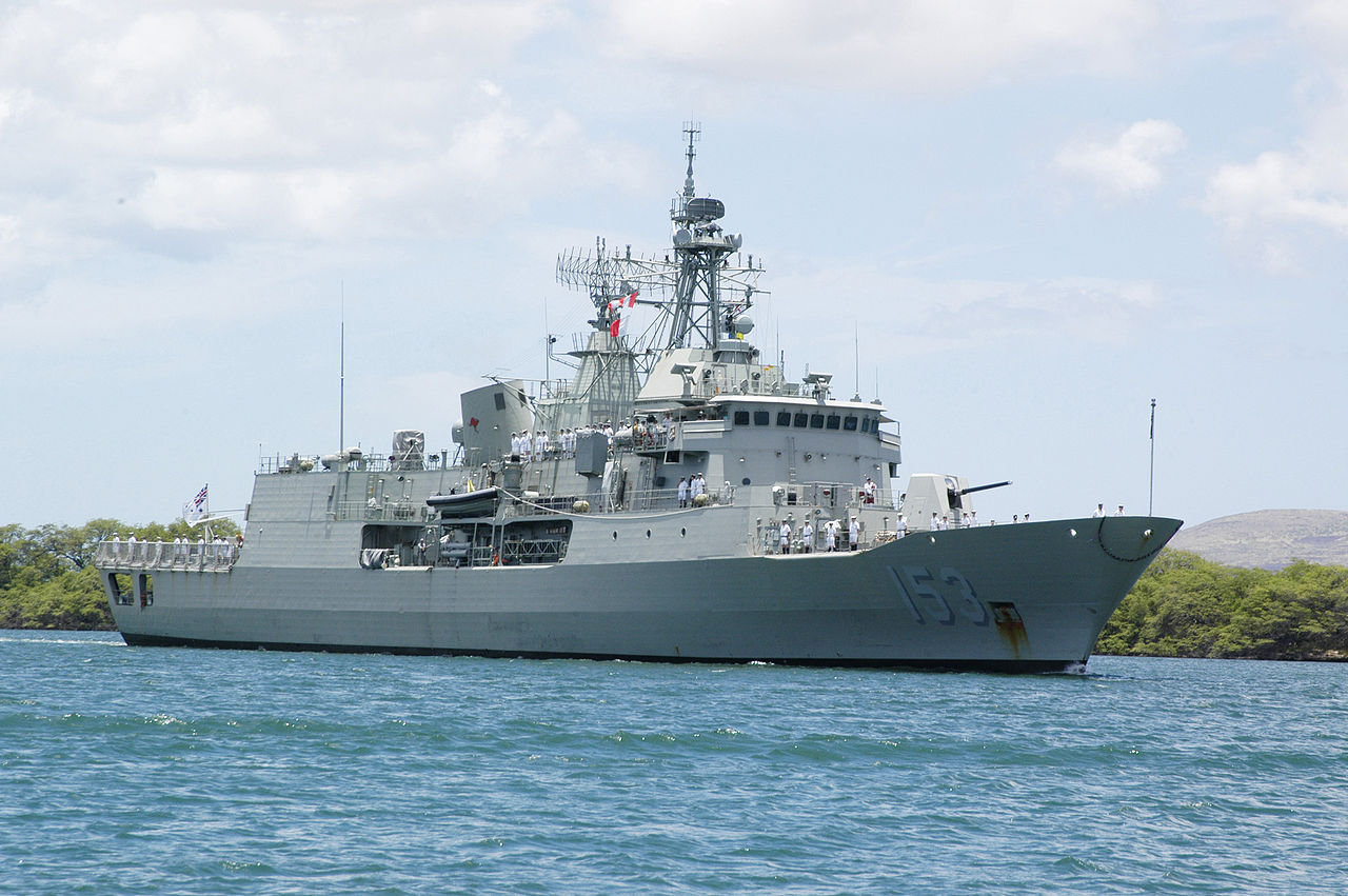 HMAS Stuart (FFH-153) in 2006.US Navy Photo