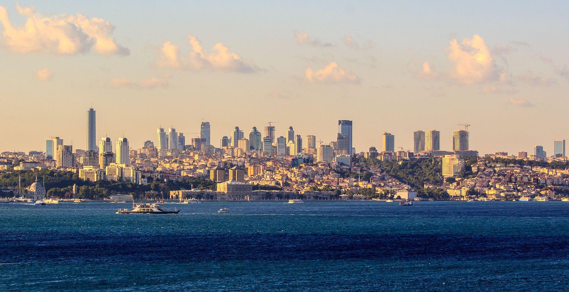 Istanbul skyline in 2012. Ben Morlok photo via Wikipedia