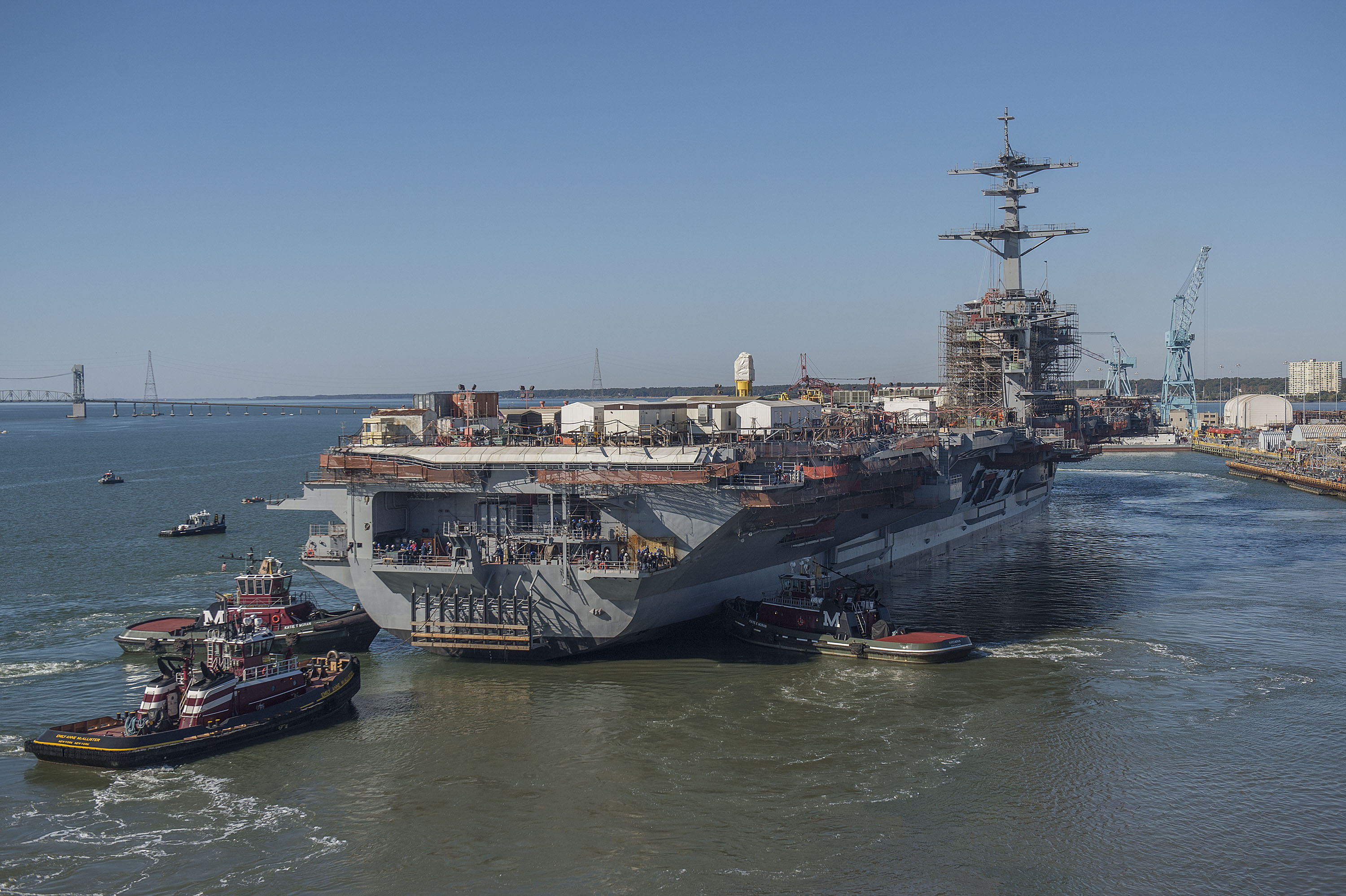 USS Abraham Lincoln CVN 72 Undocking