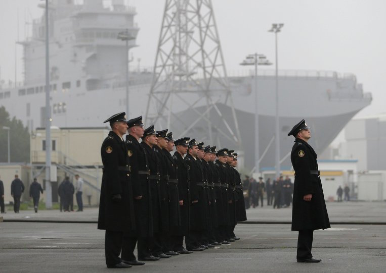 Russian sailors in French port of Saint-Nazaire via Reuters
