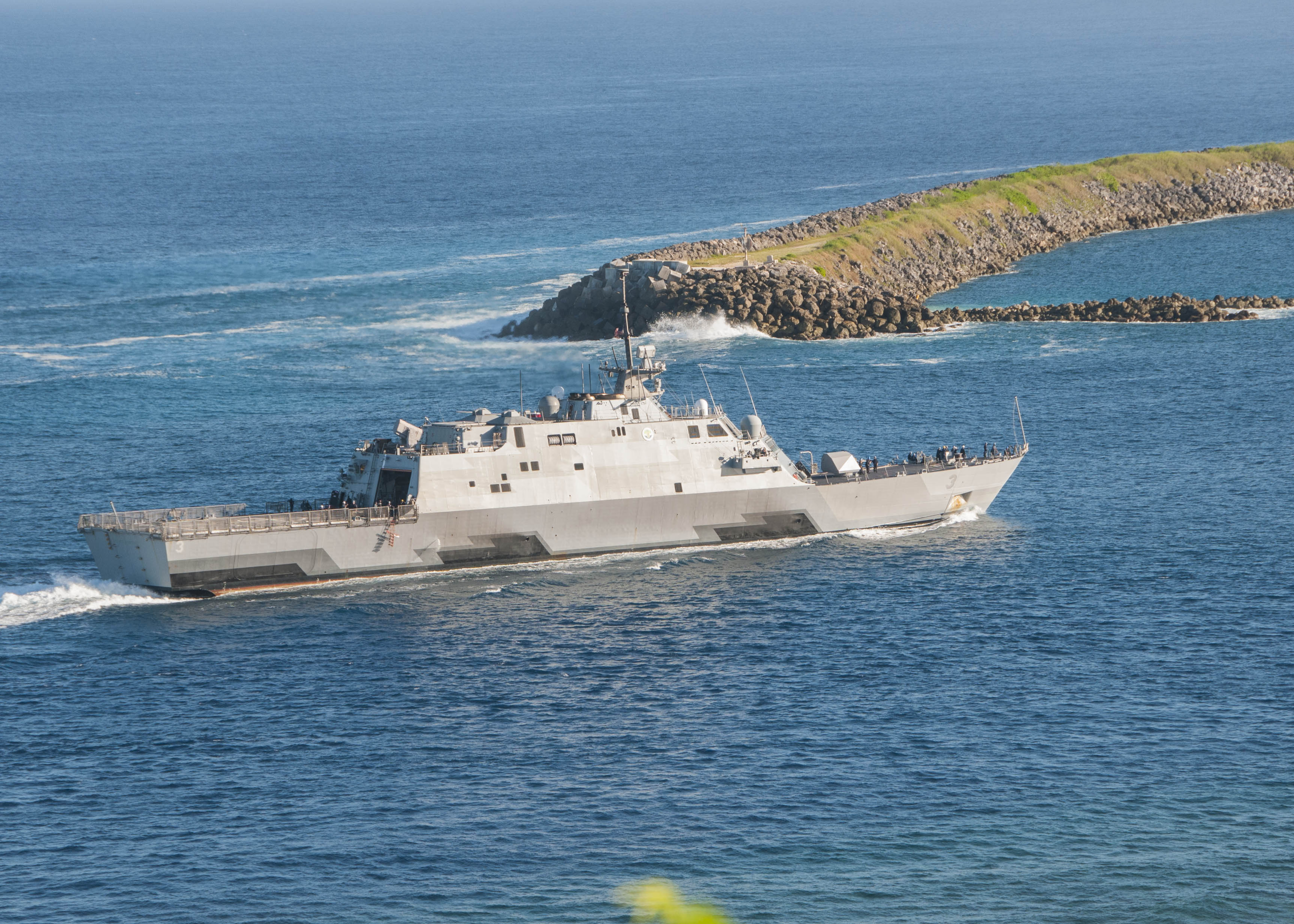 USS Fort Worth (LCS-3) enters Apra Harbor for a port visit on U.S. Naval Base Guam on Dec. 11, 2014.