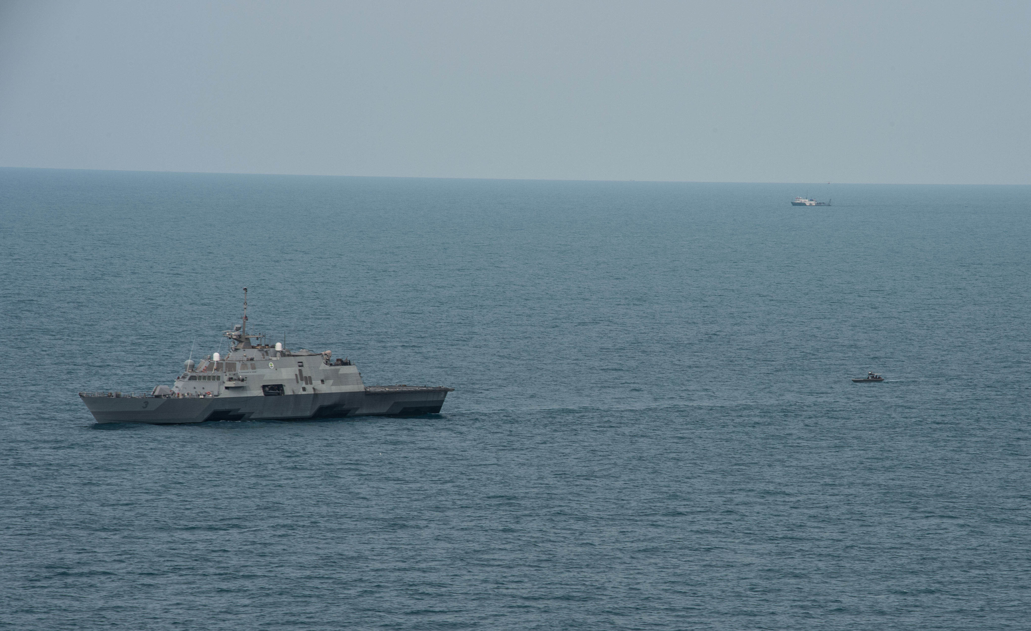 USS Fort Worth (LCS-3) in the Java Sea on Jan. 7, 2014. US Navy Photo