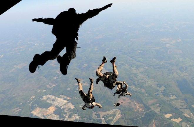 Naval Special Warfare Sailor Dies in California Training Jump