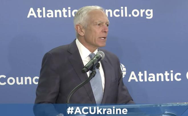 Former NATO Chief Clark Predicts New Offensive in Ukraine