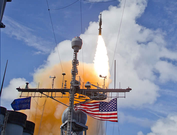 A Standard Missile-3 Block 1B interceptor launches from USS Lake Erie in this photo from the record-setting test on Sept. 18, 2013. (Missile Defense Agency photo)