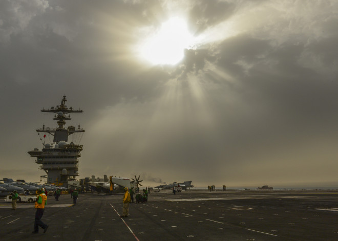 USS Carl Vinson Carrier Chops Out of 5th Fleet, Roosevelt Picks Up ISIS Strike Missions