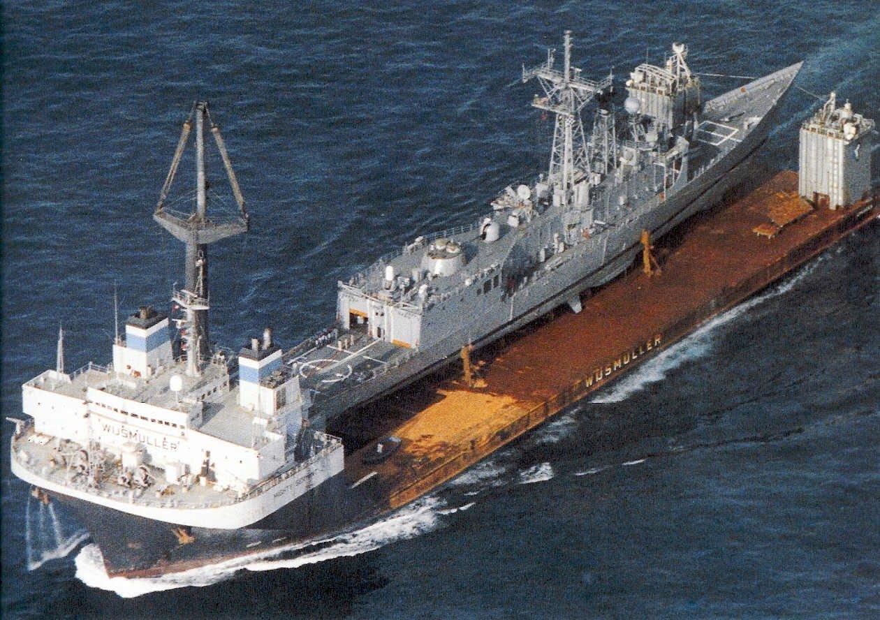 6a867e4f18b M V Mighty Servant ferrying USS Samuel B. Roberts across the Atlantic Ocean  after