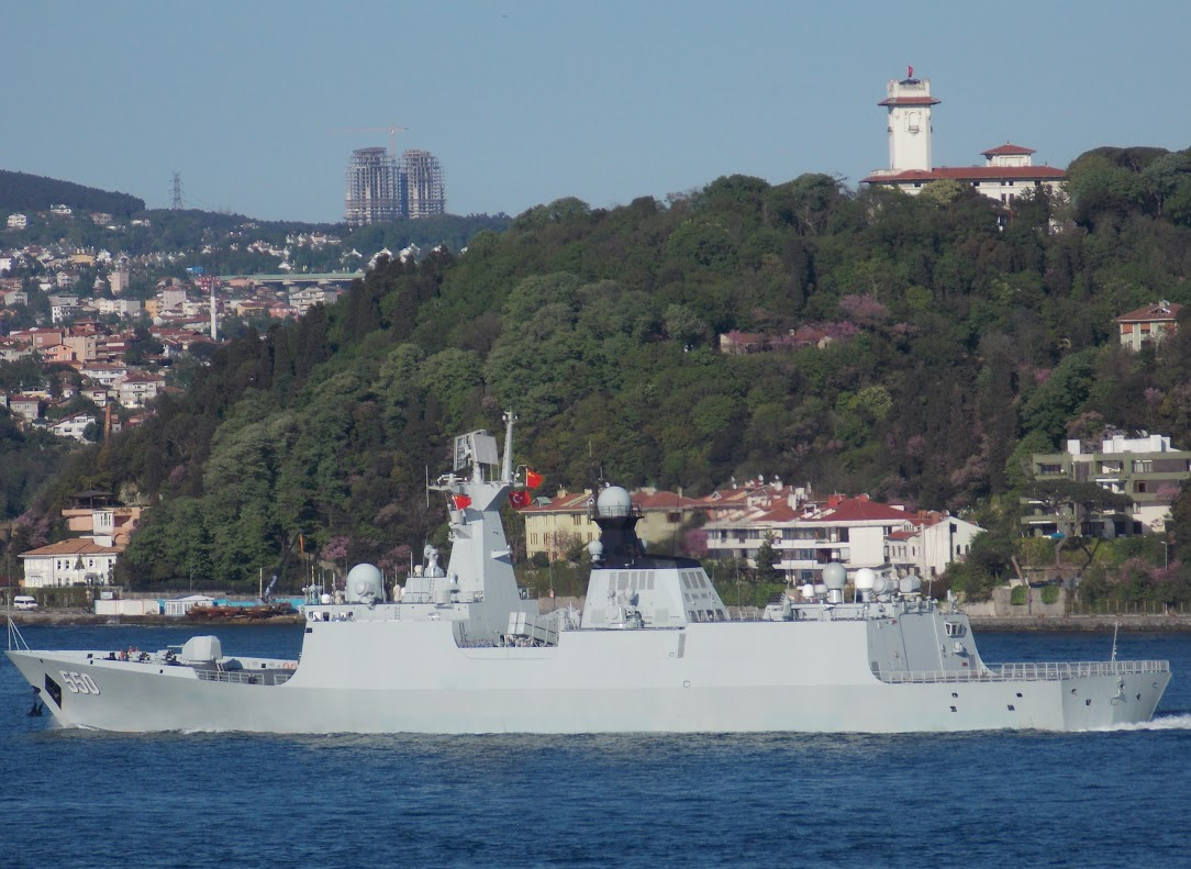 Chinese frigate Weifang crossing into the Black Sea on May 4, 2015. Photo by Nurderen Özbek via Bosphorus Naval News