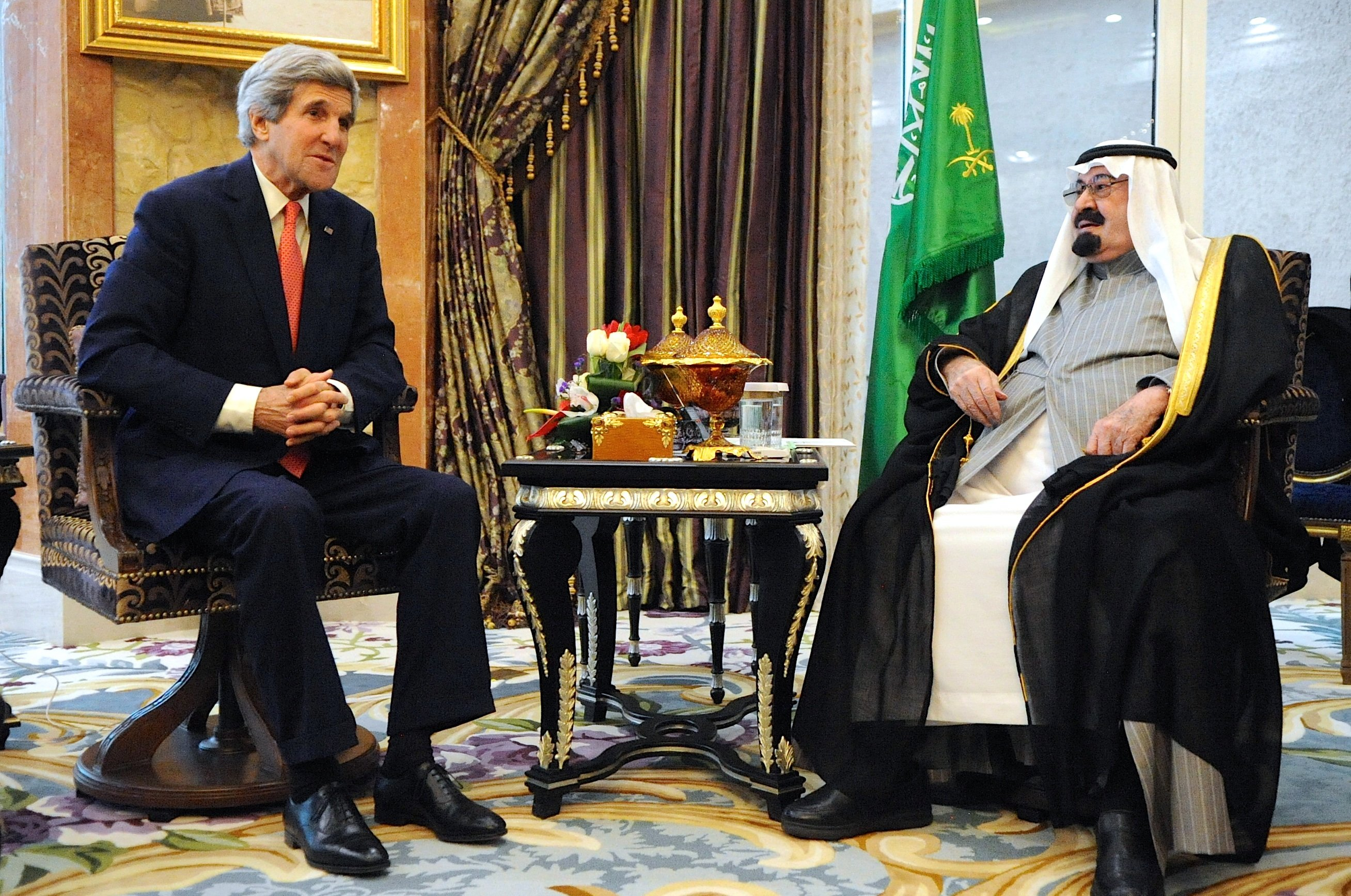 US Secretary of State John Kerry meets with the late King of Saudi Arabia, Abdullah bin Abdulaziz Al Saud who died in early 2015. US State Department Photo