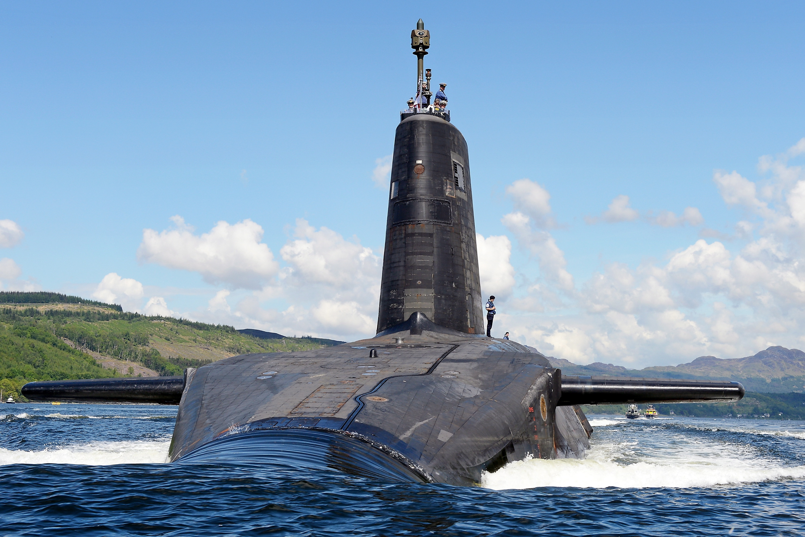 Royal Navy submarine HMS Victorious departs HMNB Clyde. UK MoD Photo