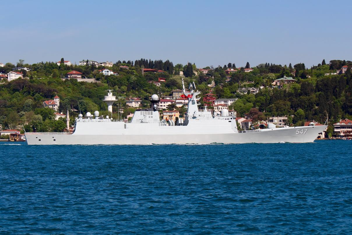 Chinese frigate 547 Linyi passing through Bosphorus on May 14, 2015.