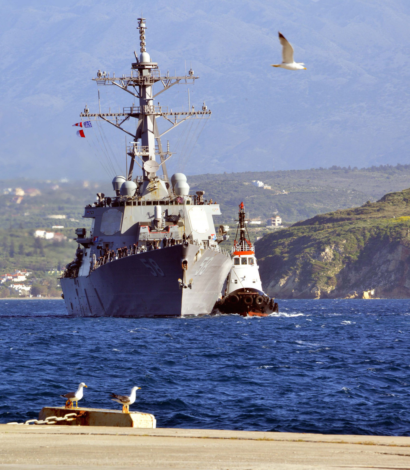 USS Laboon (DDG-58) sails into Souda Bay, Greece, during a scheduled port visit on April 29, 2015. US Navy Photo