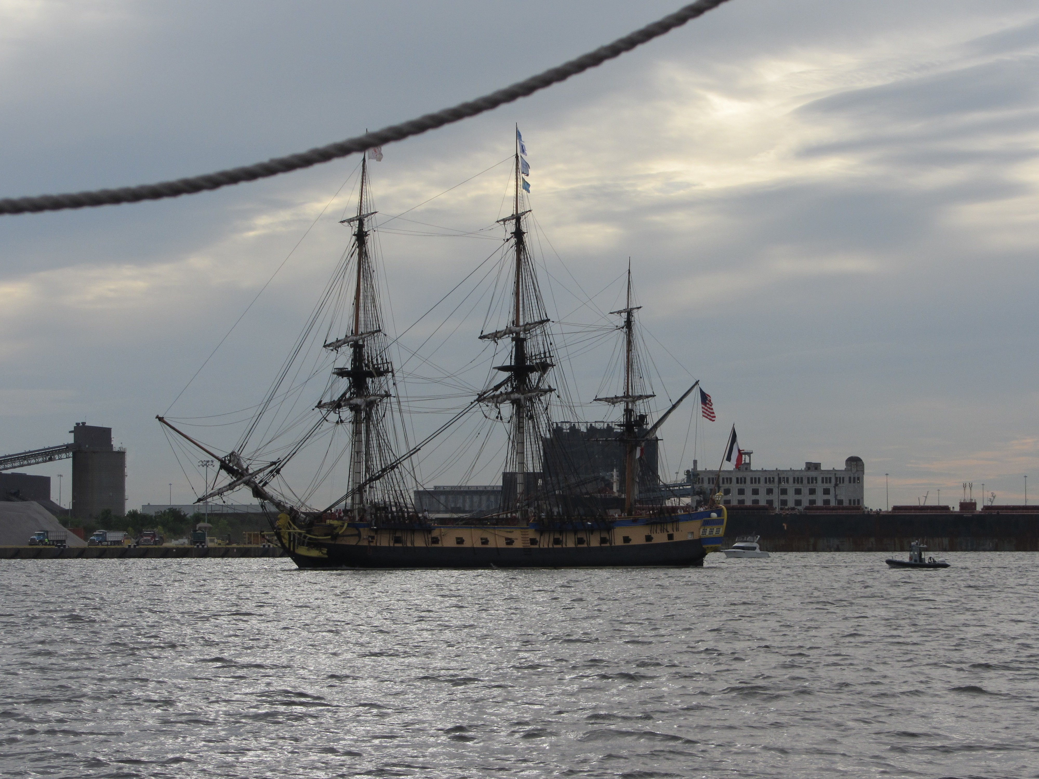 The replica of French frigate Hermione sails towards Baltimore's Inner Harbor. USNI News photo.