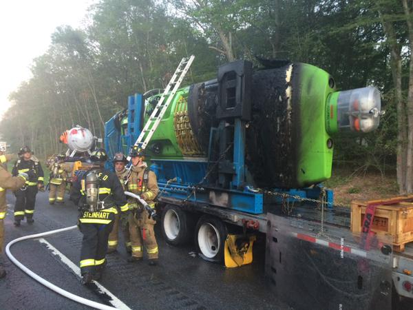 Director James Cameron's Deepsea Challenger Submarine Scorched in Truck Fire