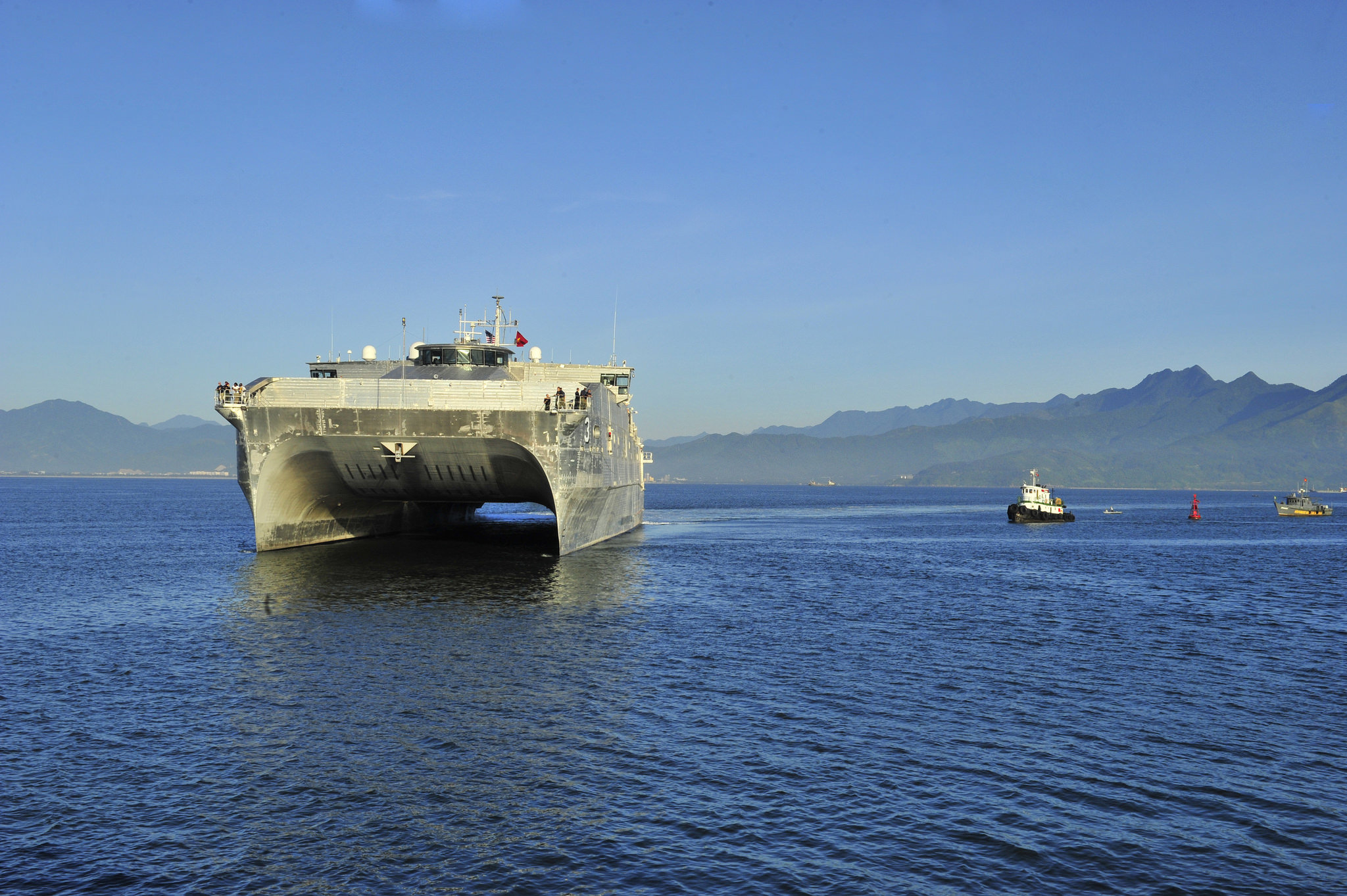 USNS Millinocket (JHSV-3) arrives in Vietnam on Aug. 17, 2015. US Navy Photo