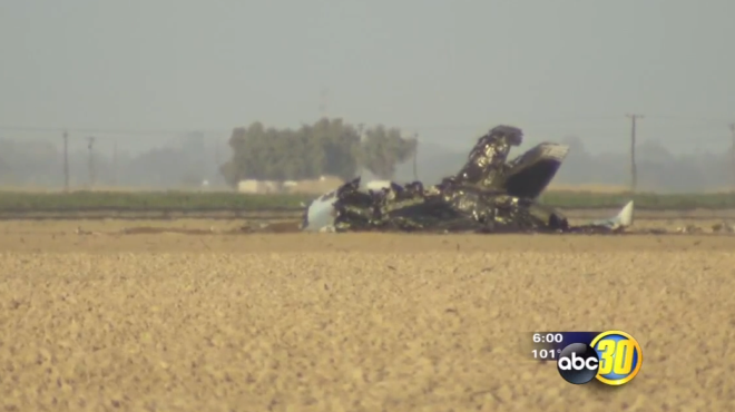Super Hornet Crashes in California, Pilot Safe