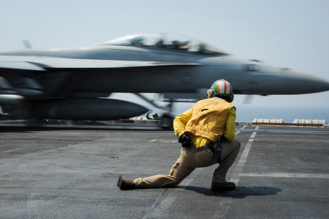 Carrier USS Theodore Roosevelt Leaves Middle East, No Firm Date on Replacement to Continue Anti-ISIS Strikes
