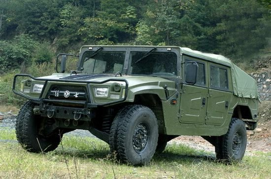 Chinese Dongfeng EQ2050 Brave Soldier