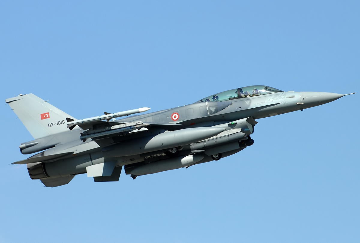 An undated photo of a Turkish Air Force F-16D.