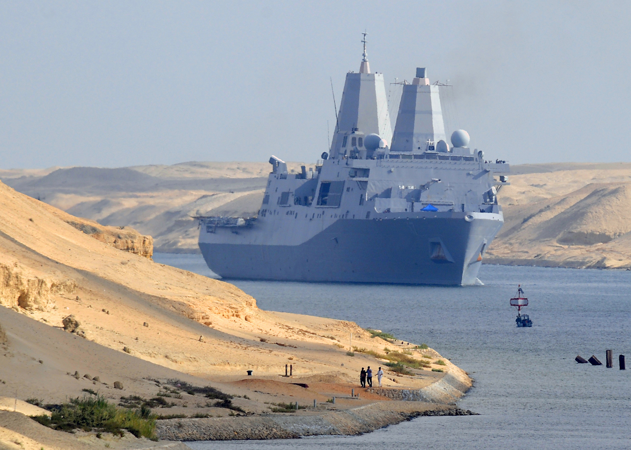 USS San Antonio (LPD-17) transits through the Suez Canal in 2008. US Navy Photo