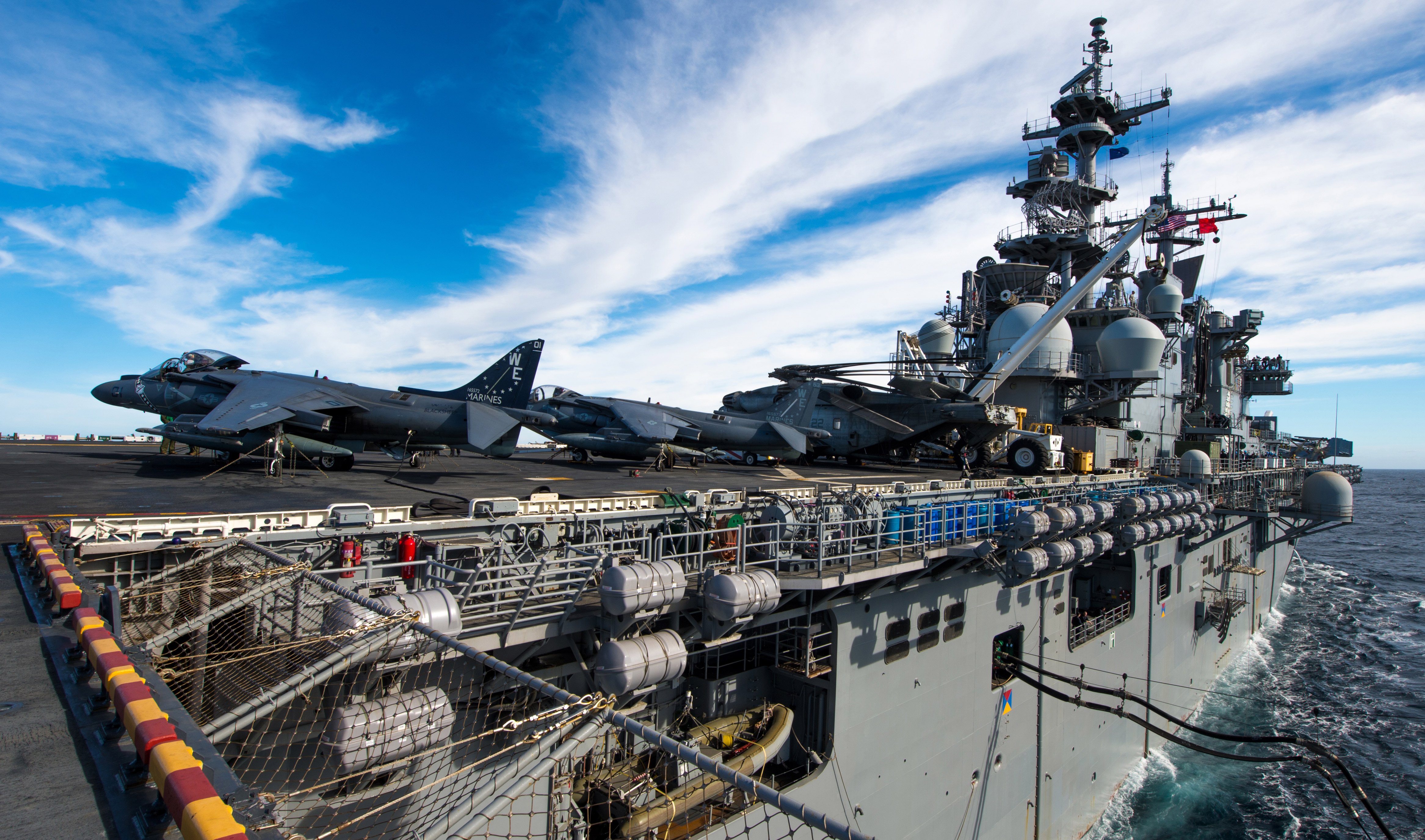 video  uss boxer leaves san diego