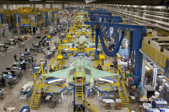 Pentagon, Lockheed Martin Agree to New F-35 Contract