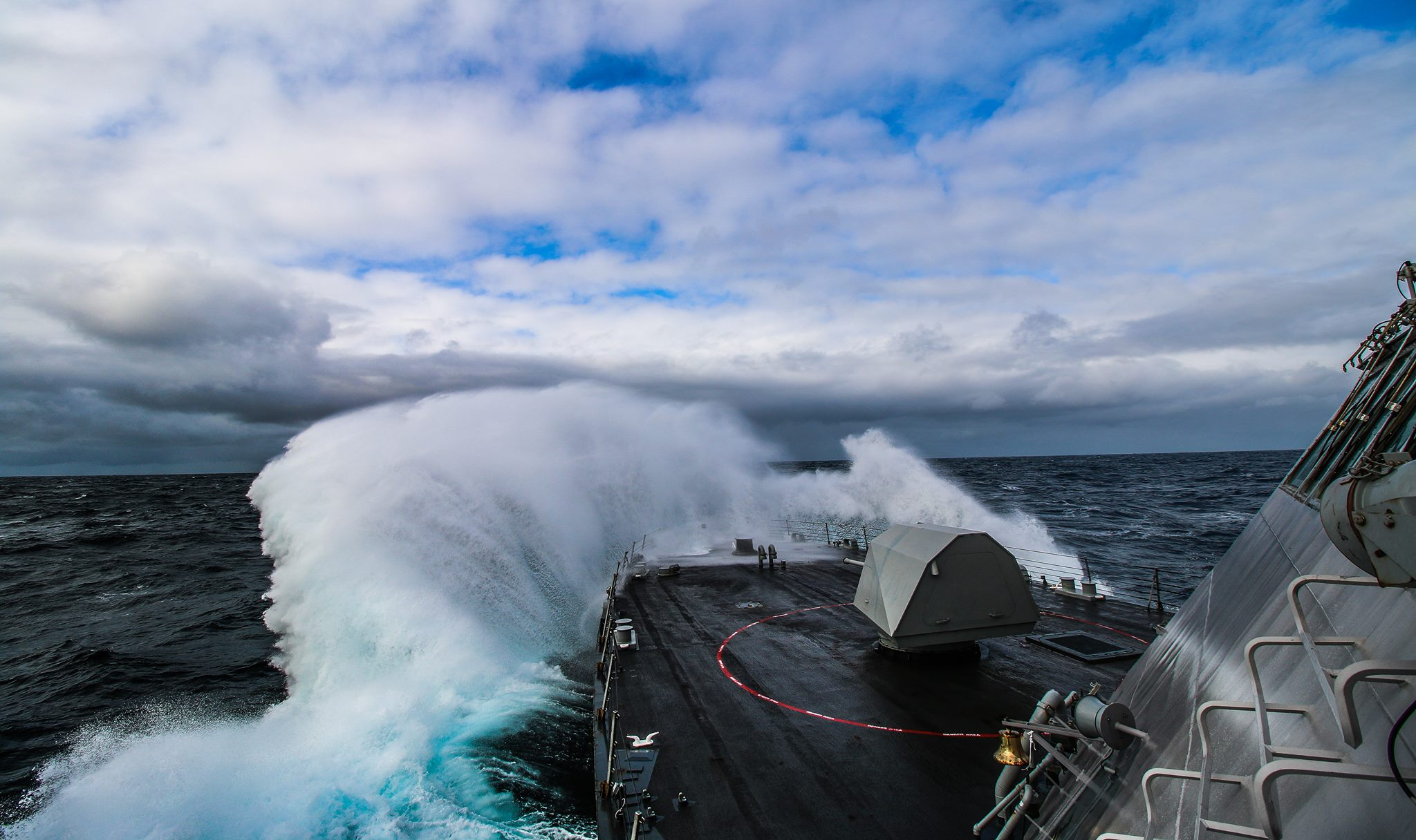 The littoral combat ship USS Freedom (LCS 1) is underway off the coast of Oregon conducting rough water trials on March 17, 2015. US Navy photo.