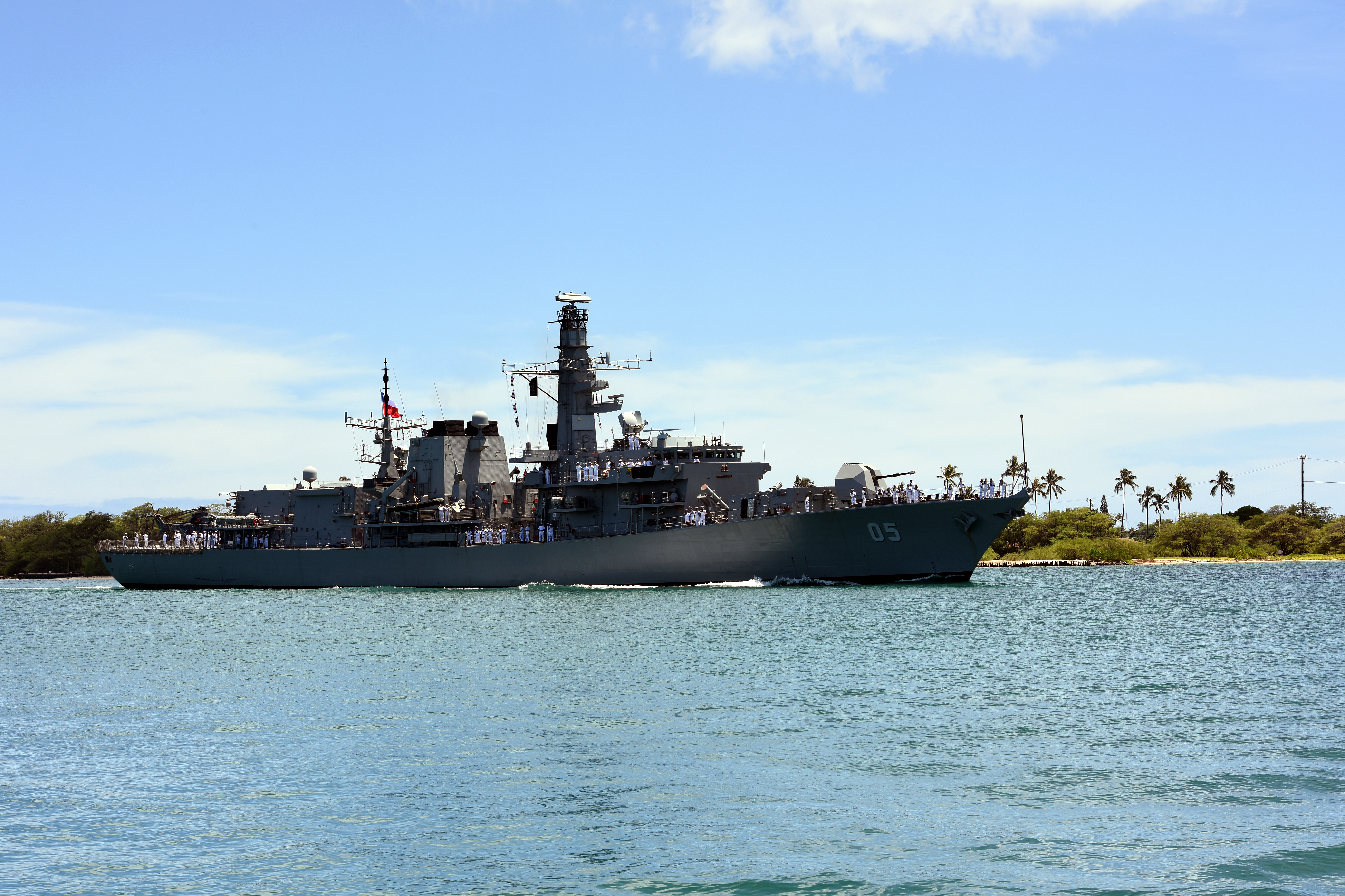 Chilean navy frigate CNS Almirante Cochrane (FF 05) arrives at Joint Base Pearl Harbor-Hickam for Rim of the Pacific (RIMPAC) 2016 in late June. US Navy Photo