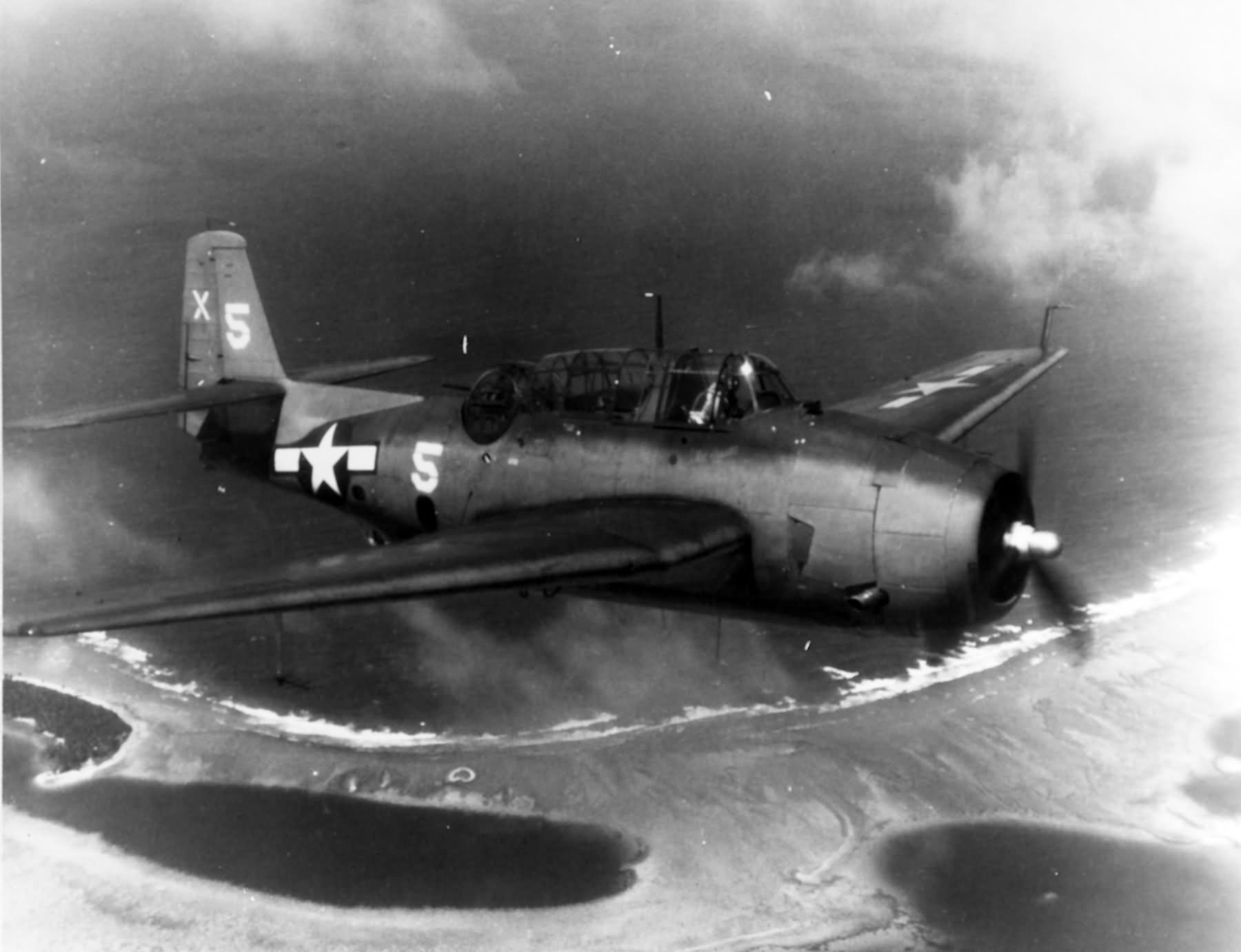 Grumman TBM-1C Avenger torpedo bomber in 1944. US Navy Photo
